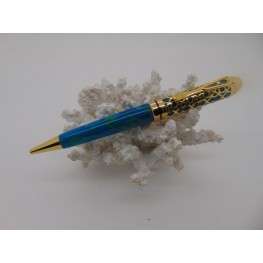 Filigree pen in Ocean Mist acrylic with a gold plated finish