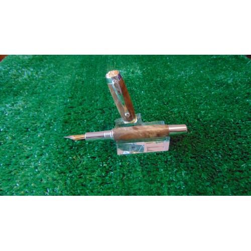The Statesman Fountain Pen In Elm Burr