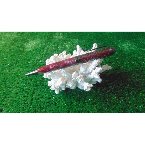 Filigree pen in acrylic Brimstone with a Gun metal plated finish