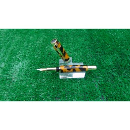 Handmade Executive fountain pen in a Tortoiseshell acrylic